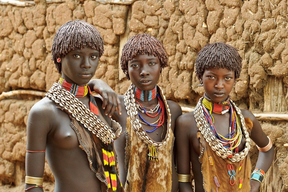 Tribe love African women making