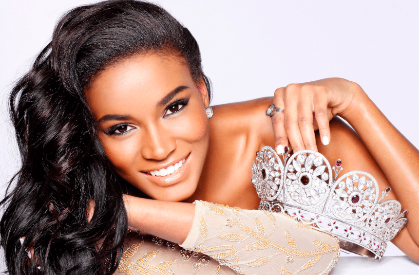 Leila Lopes 1