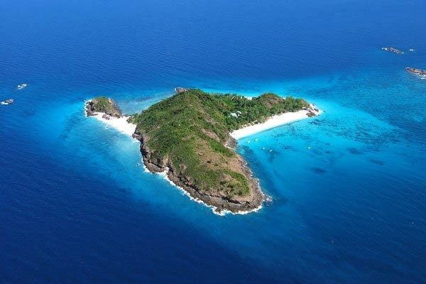 Madagascar Accommodation Tsarabanjina Island Aerial View (2)