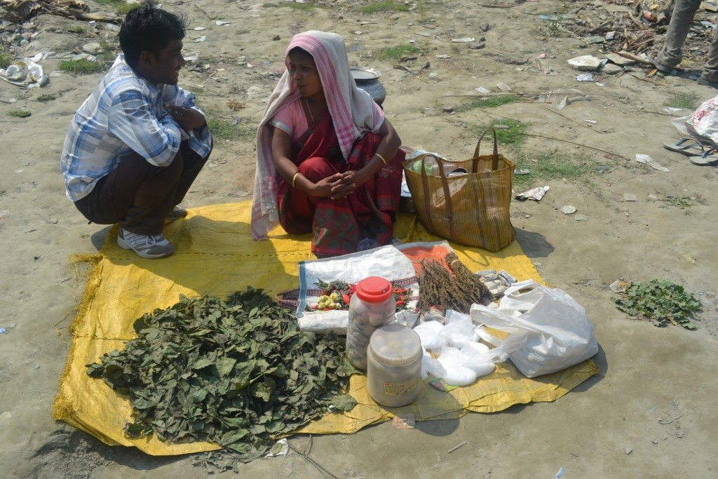 Woman_selling_Cannabis