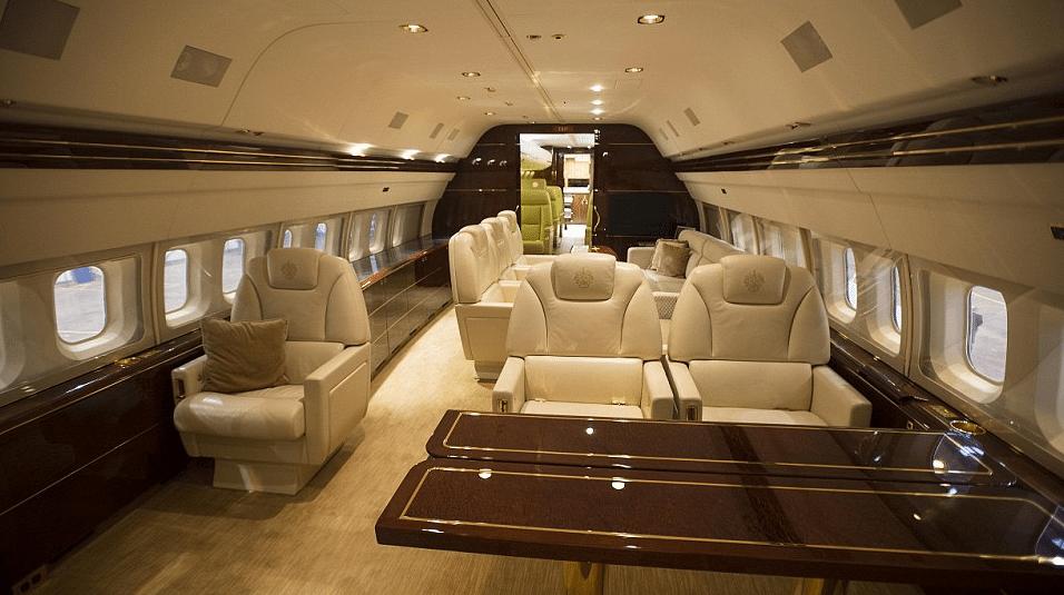 Trumps-jet-3