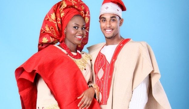 A nigerian couple wearing aso-oke