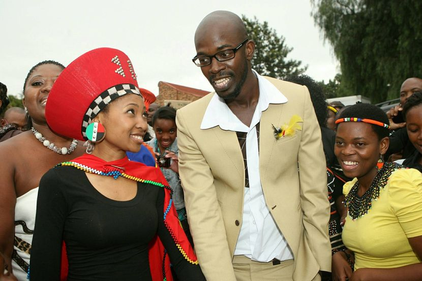 On The 8th Of January 2017 Dj Black Coffee Tied Knot In A White Wedding Ceremony With His Longtime Partner Enhle Mbali Mlotshwa She Is An Actress