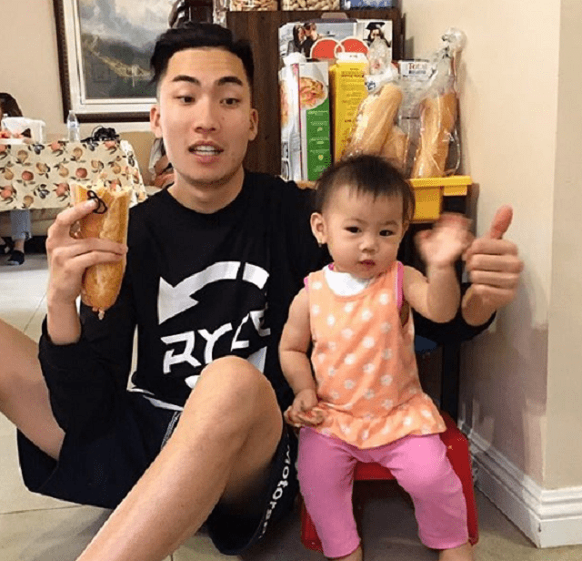 [Image: Ricegum-daughter.png]